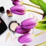 beauty-lipstick-make-up-3190-528x350